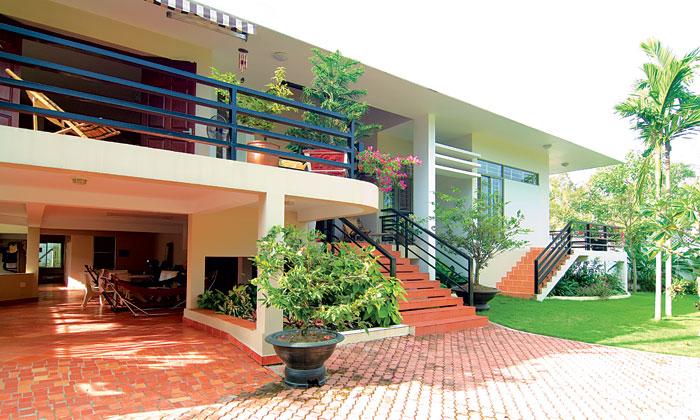 Ngôi nhà miền nhiệt đới