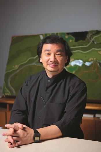 Shigeru Ban - Sáng tạo xây công trình, nhân đạo xây tương lai